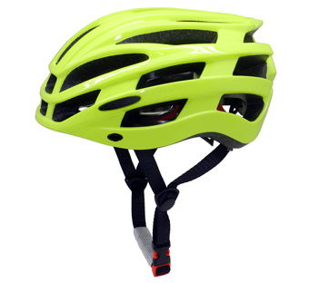 mountain bicycle helmet